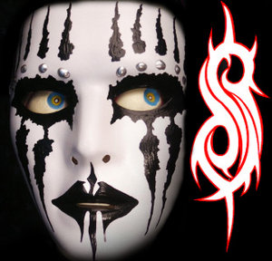 joey_jordison_mask_by_horse_flame.jpg